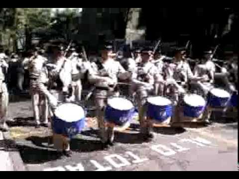 Banda De Guerra De La Escuela Militar De Ingenieros Youtube