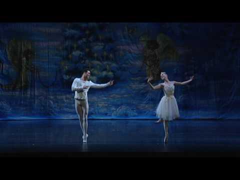 Ventura County Ballet snow pas eve