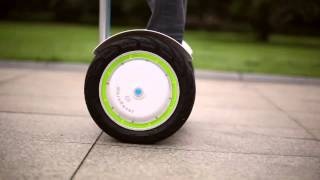 Airwheel S3 self balancing scooter in motion!