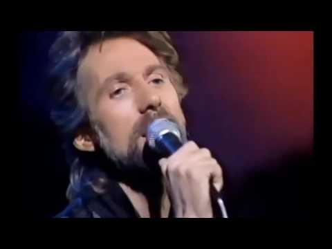 GARY PUCKETT sings