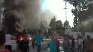 سكان غاضبون يحاصرون ثكنة فريحة بتيزي وزو  الجزائرية
