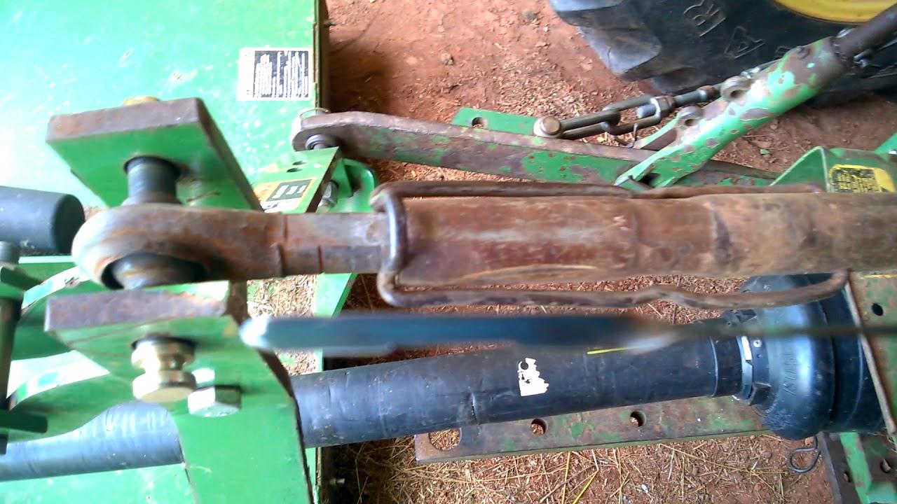 john deere 1530 hydraulic fluid