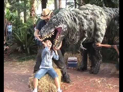 ungdoms babes videoer dinosaur