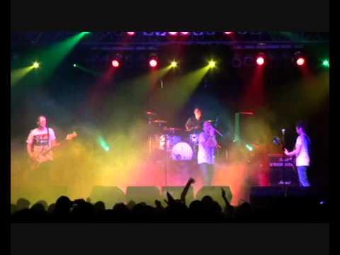 Gripin - Dalgalandım da Duruldum (Samsun OMÜ Konseri 2011)