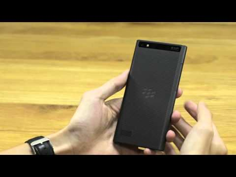 Tinhte.vn - Đập hộp và trên tay BlackBerry Leap
