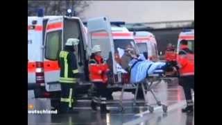 Almanya Da Zincirleme Kaza 30 Arac Birbirine Girdi