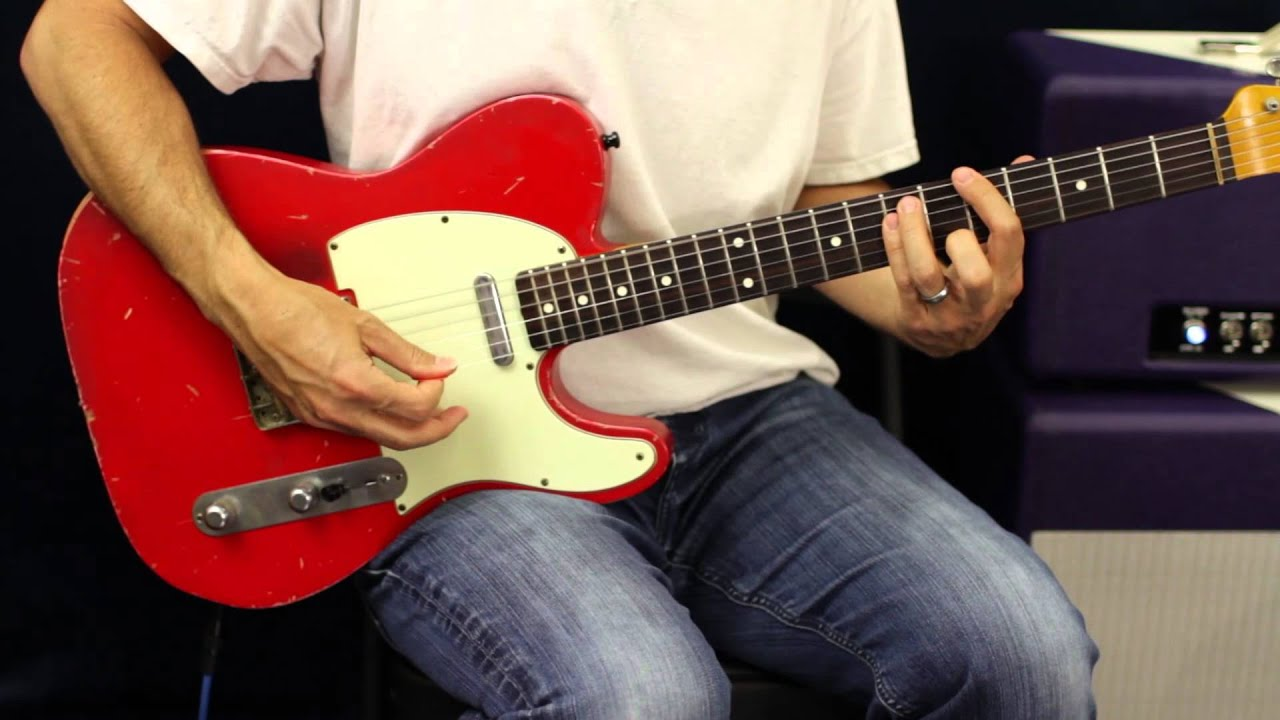 how to play woman like you on guitar