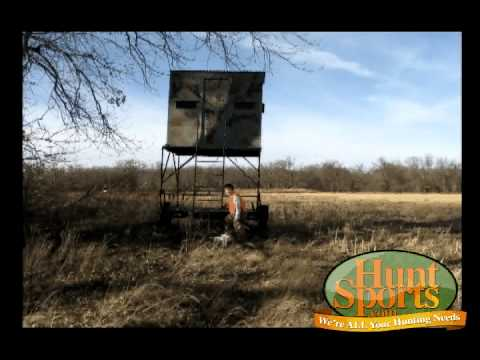 Deer hunting blind theblynd shooting tower portable for How to build a tower stand