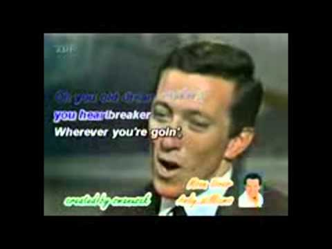 Moon River karaoke Andy Williams - YouTube