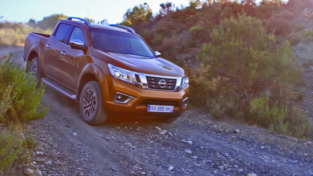 2016 nissan navara np300 off road driving youtube. Black Bedroom Furniture Sets. Home Design Ideas
