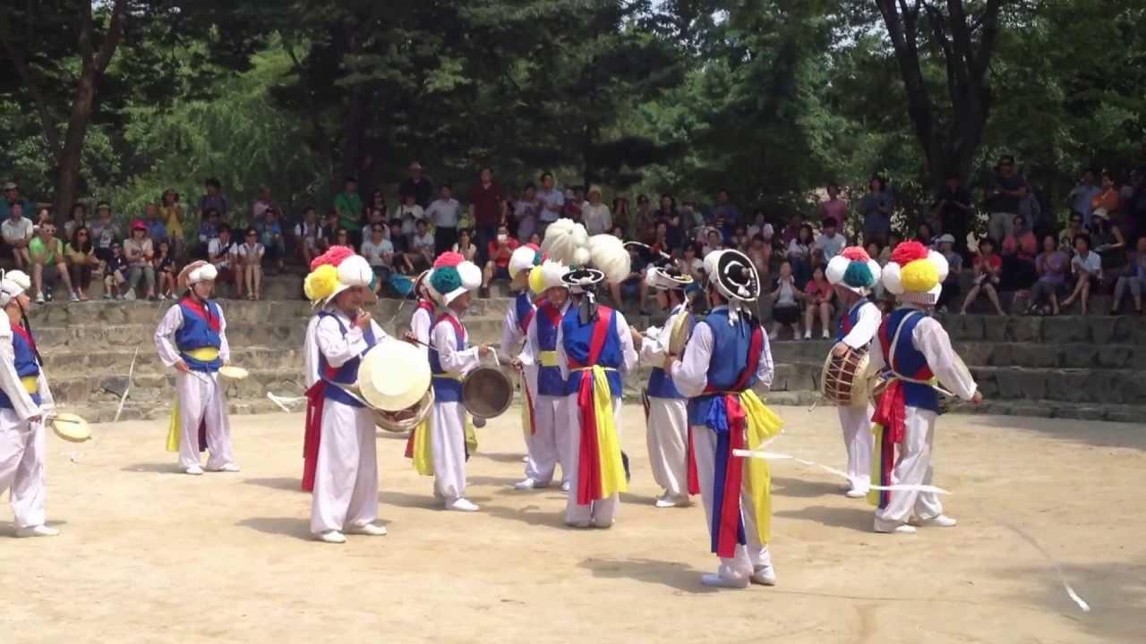 Traditional Korean Music Performance: Molgae at LMU ...