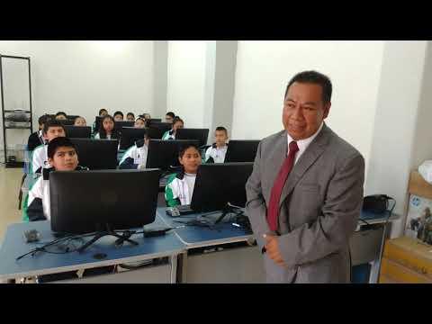 Inauguran aula de computo en la ESFAA