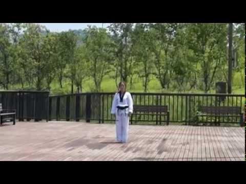 Original Koryo Poomsae 초기고려 품새 performed by Kang, Yu-Jin 강유진, Namchang Dojang. 남창도장