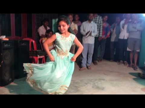 Chinni Maa Bathukamma DJ Song Dance By Janu