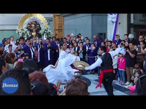 Procesión señor de los milagros  - Basilica San José de Flores - Buenos Aires - Argentina
