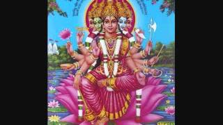 K.S Chitra Chottanikkara Amma Devotional song....Nindivyanaamamathennum.