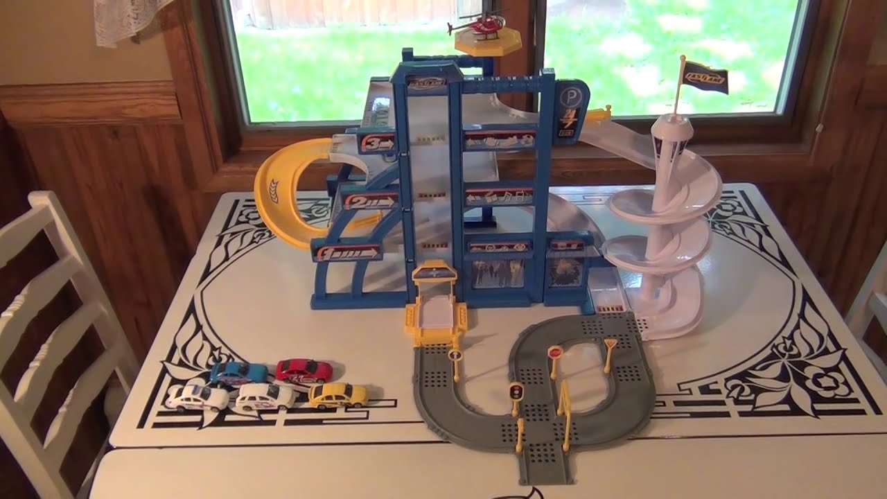 Fast lane street linx parking garage playset unboxing for Garage fast auto sarcelles