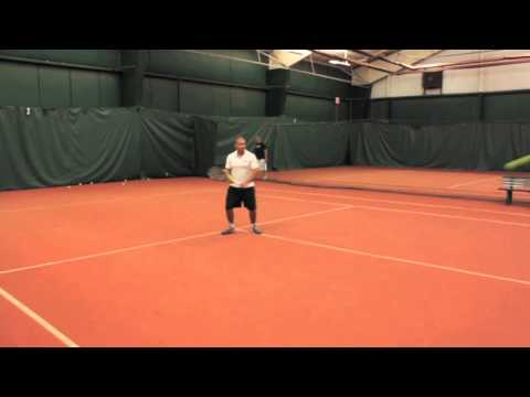 Minerals Sports Club Tennis Tip - Backhand & Balance