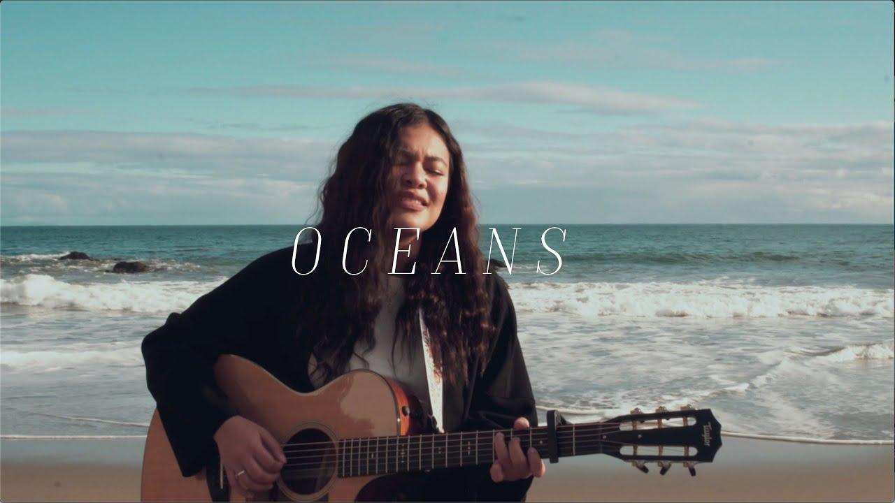 Download Oceans - Hillsong (cover)   Reneé Dominique