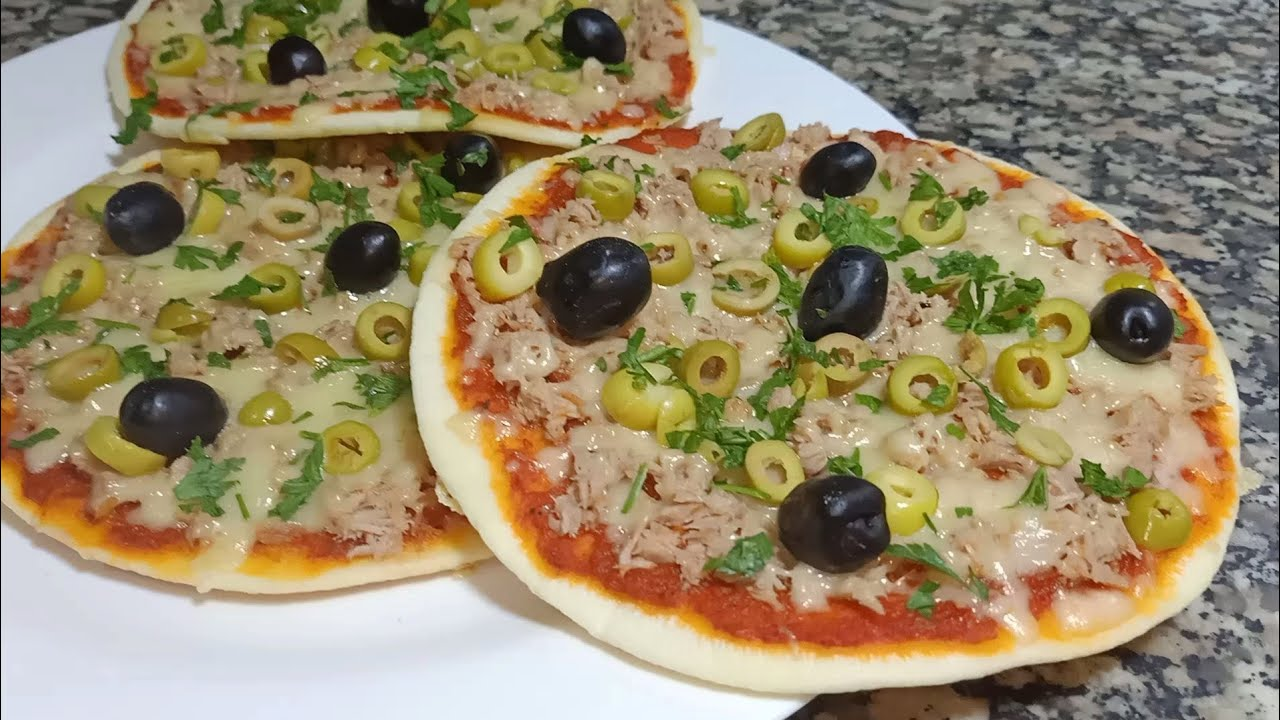 بيتزا المقلاة في 10 دقائق .. وصفة صيفية سهلة و تحضر في وقت قصير