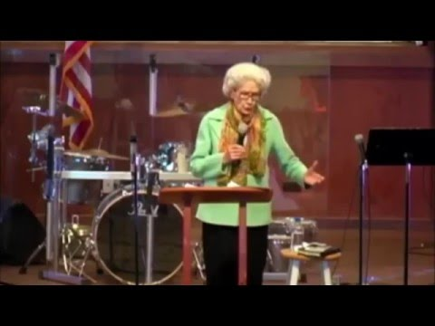 "Sis Vesta Mangun Preaching ""What Prayer Can Do"" 