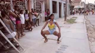 Repeat youtube video Baile en la calle