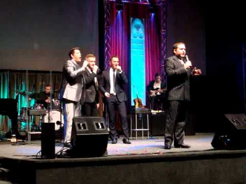 Ernie Haase and Signature Sound on Ian Owens first night as their bass.