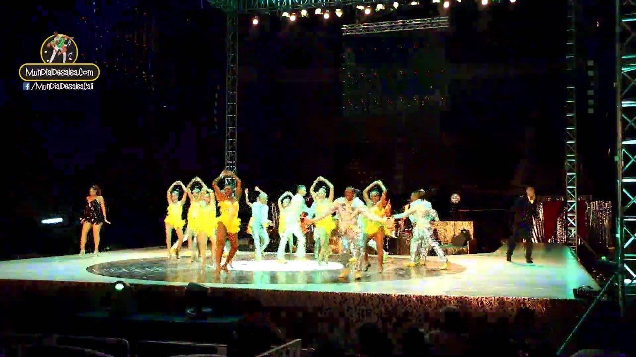 Acrosasalsa Latina y Artistas Unidos de la Salsa