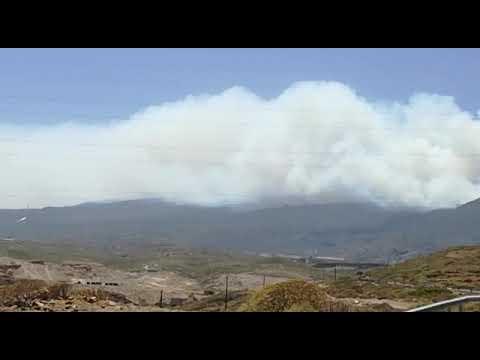 Declarado un incendio forestal en el barranco de Chajaña, en Arico