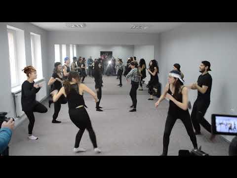 Бліц -Інфо: Репетиція вистави