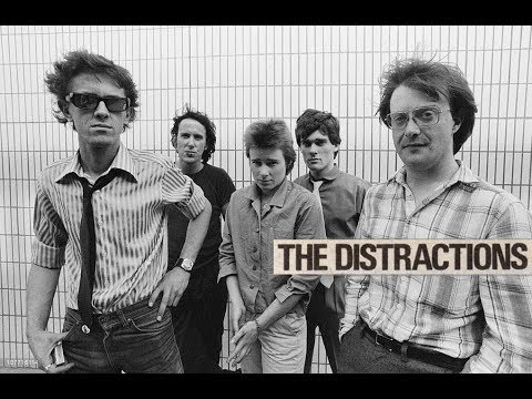 the-distractions---louise