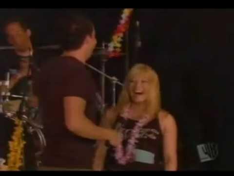 Simple Plan - Addicted live Hilary Duff Birthday 2003
