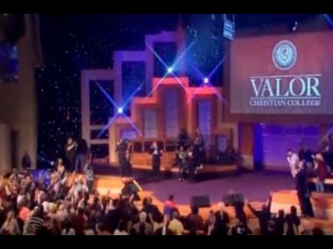 Valor Christian College - A night of worship
