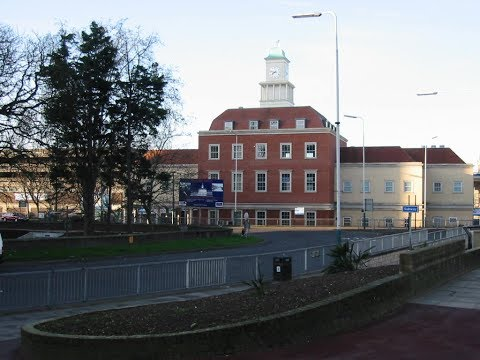 Places To See In ( Romford - UK )