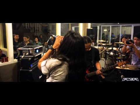 Beside - Tuhan dan Setan (Live at Extreme Moshpit Oz Radio Bandung)