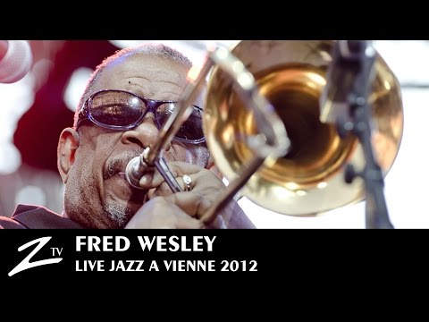 Fred Wesley & The New JBs - Jazz à Vienne 2012