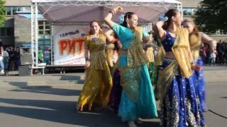 """Bollywood MIX"" | Студия индийского танца САНДЖАЯ | РИТМОСФЕРА"" - уличный праздник для молодежи!"