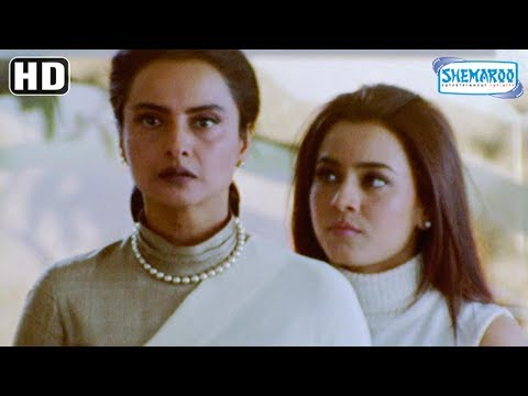 Priety Zinta Teaches Wannabe Mayor A Lesson - Dil Hai Tumhara Comedy Scene - Romantic Movie