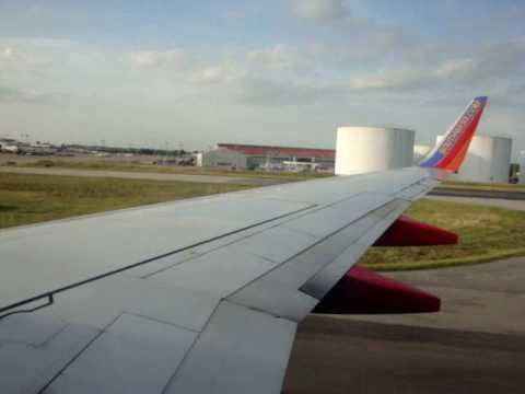 Landing and takeoff from Nashville Metropolitan Airport