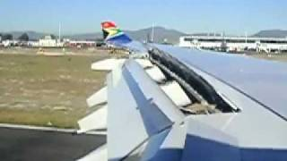 A340-600 Final Approach to Cape Town Airport, South African Airways