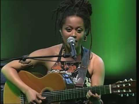 Sara Tavares - Alive in Lisboa dvd - Balance