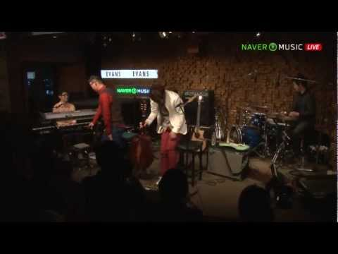 [中字] 121010 Naver Music Concert 10cm - Corona