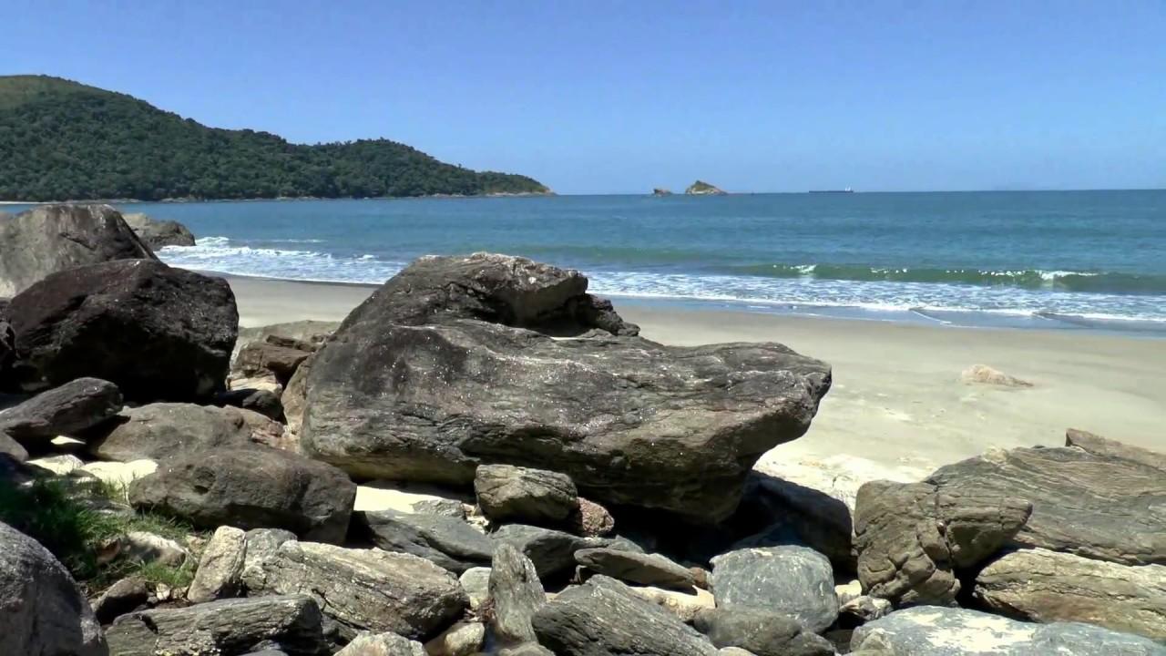 Resultado de imagem para Praia de Santiago