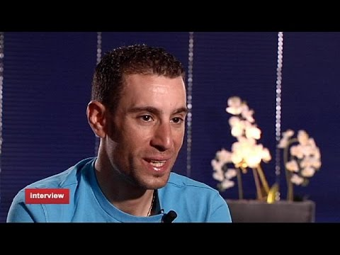 Wheel to wheel with Vincenzo Nibali (Tour de France Winner 2014) - Interview