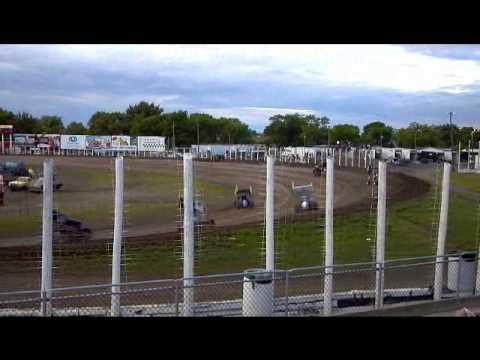 NOSA Sprint heat race 1 River Cities Speedway 6-1-12