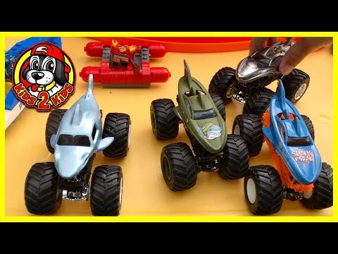 Monster Jam Toy Trucks Playing Racing Shark Week Tv Shark Shock Megalodon Shark Wreak Youtube