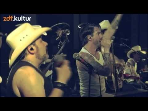 "The BossHoss - ""Live It Up"" HD (@bauhaus)"