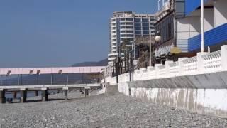 На 8 марта - загораем,  t  +20°C, а смельчаки - купаются! Лазаревское, Сочи, с праздником!!(Всё про Лазаревское, подпишись - https://goo.gl/pILmLj А на 8 марта море холодное, но всегда в этот день есть смельчаки,..., 2017-03-08T13:40:45.000Z)