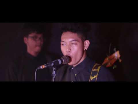 Faith -  Hopeless (Official Music Video)
