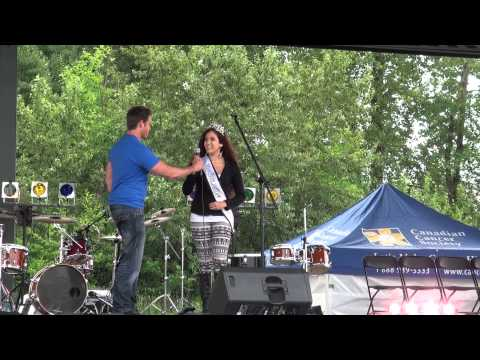 Miss Teen Surrey-World sings O'Canada at the Cloverdale Relay for Life